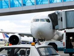 Украинец попытался захватить самолет и улететь на нем в Сочи