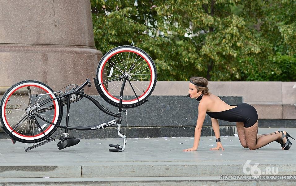 Фоторепортаж 66.ru: мисс «Вело-Город» показали свое истинное лицо