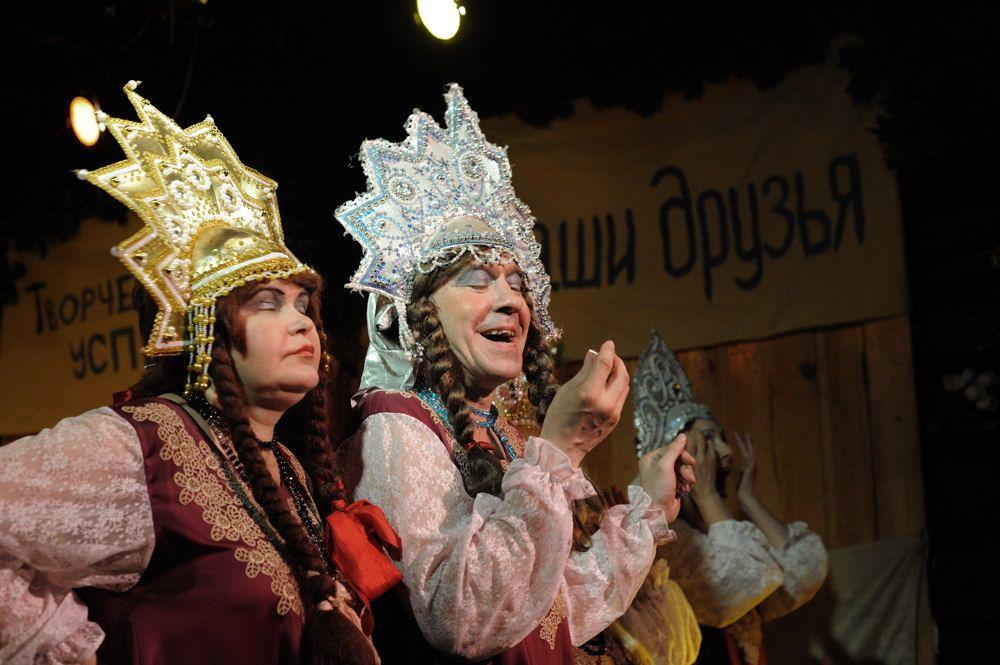 В «Коляда-Театре» появилась «Баба Шанель»