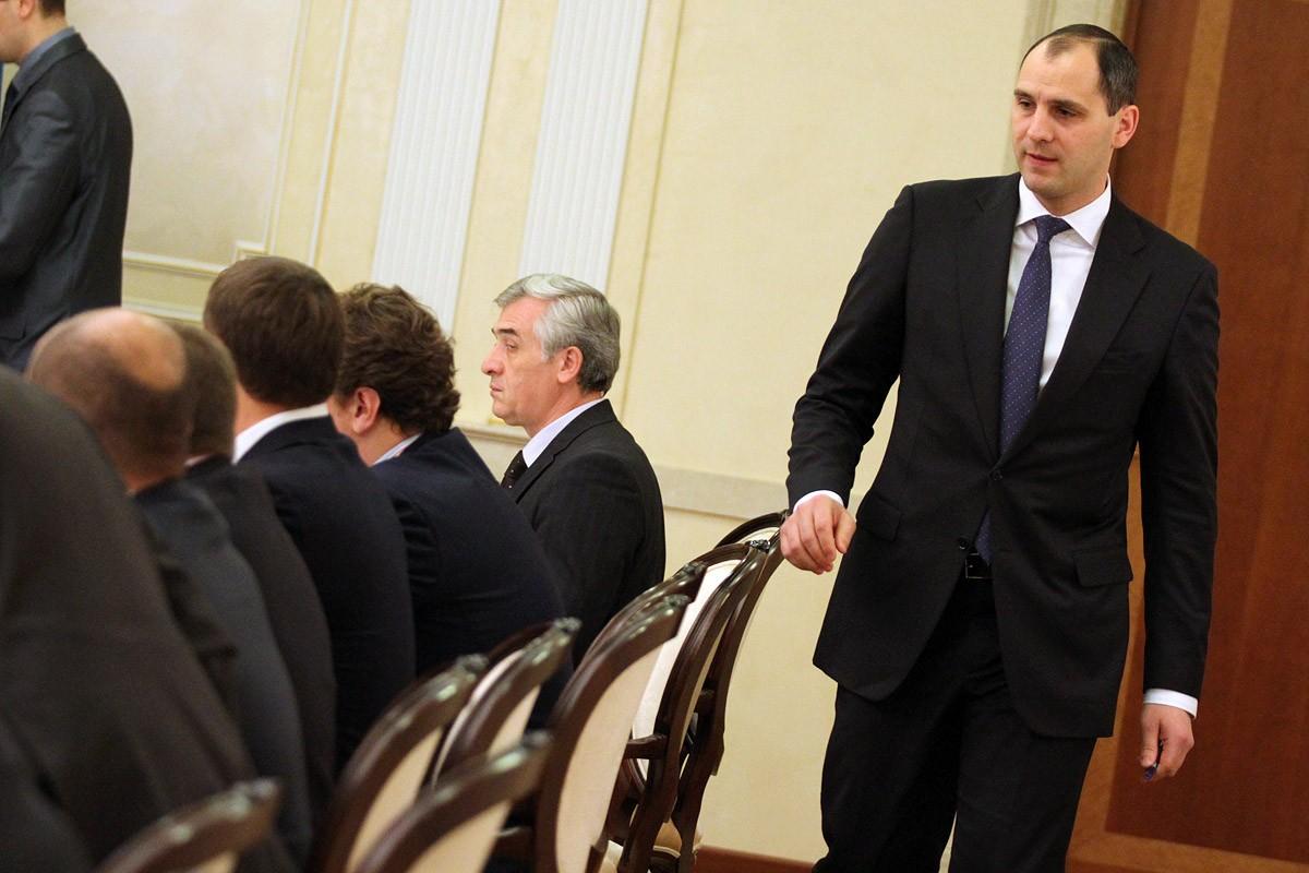 Бегут с корабля: свердловские министры спешно покинули скандальную госкорпорацию