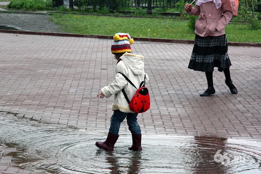 Екатеринбург проведет выходные под дождем