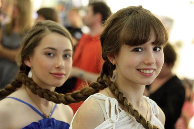 В Екатеринбурге выберут самую длинную косу