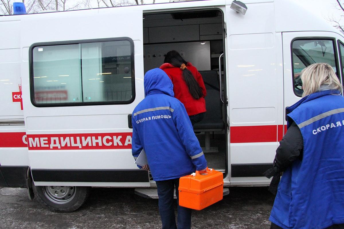 В Екатеринбурге грузовая «Газель» въехала в иномарку