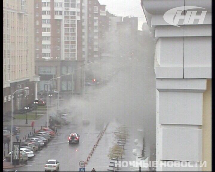 Возле «Гермес Плазы» горит строящийся торговый центр