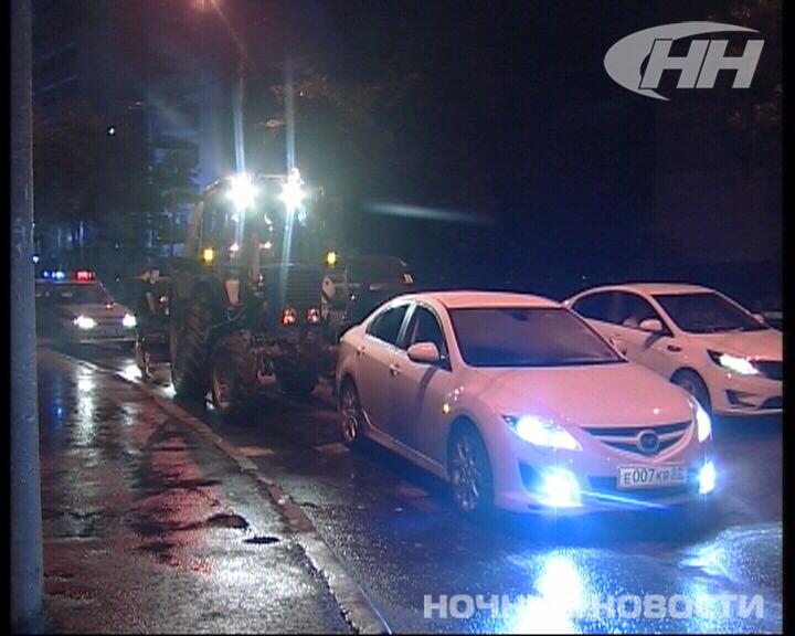 В Екатеринбурге водители устроили погоню за пьяным трактористом