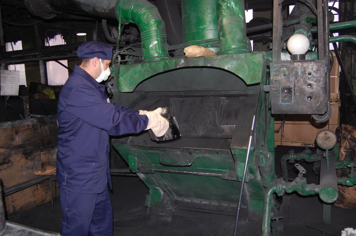 Славим человека труда: как тянули резину на заводе РТИ
