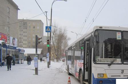 На Сулимова женщина угодила под рейсовый автобус
