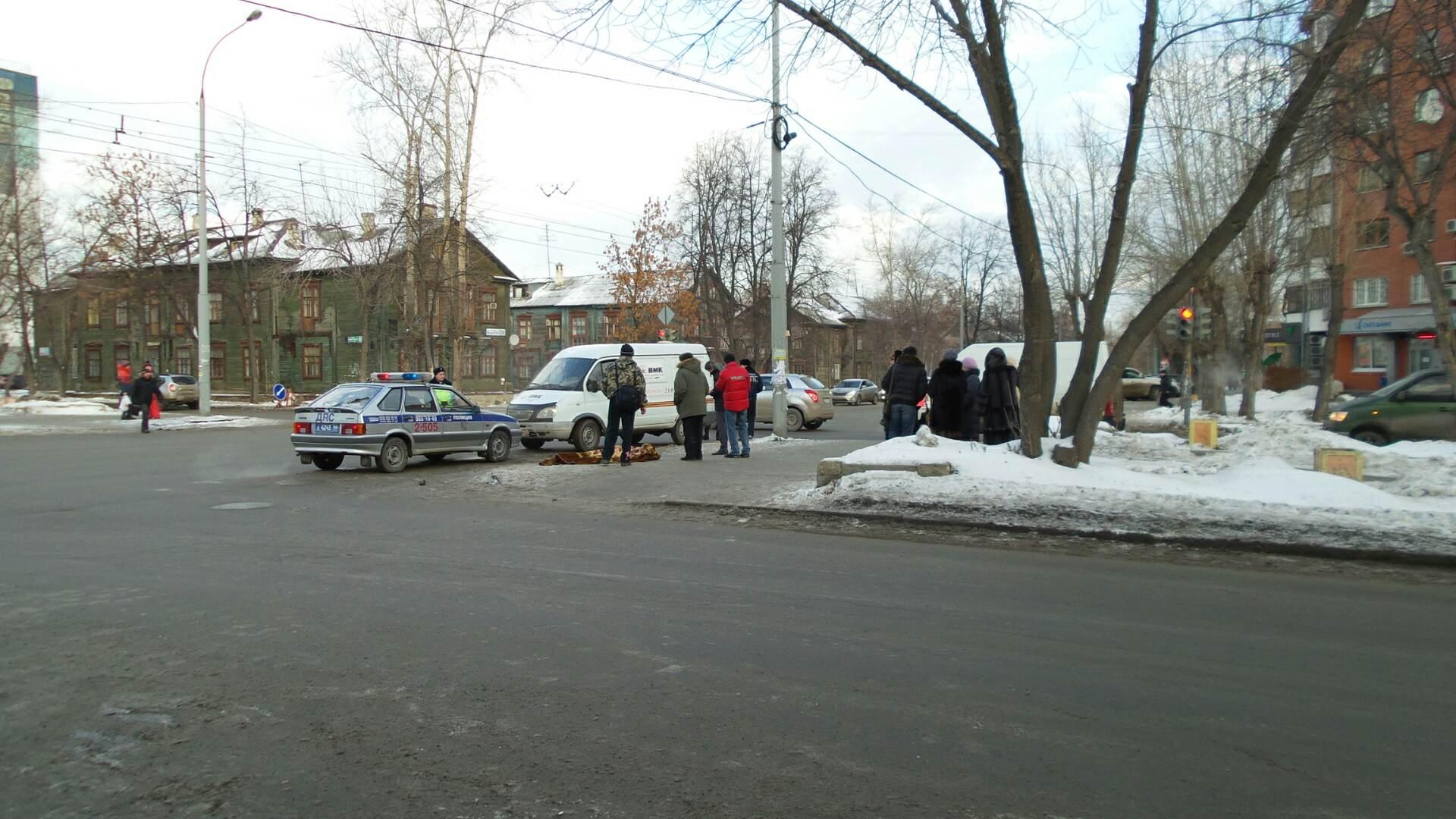 Перекресток, на котором сбили школьника с Уралмаша, мог стать безопаснее, но мэрия не нашла денег