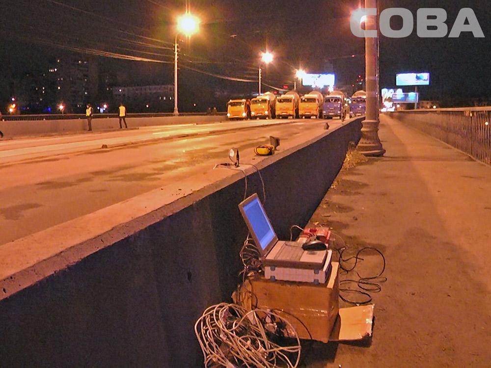 Испытали на прочность: специалисты проверили грузоподъемность Макаровского моста