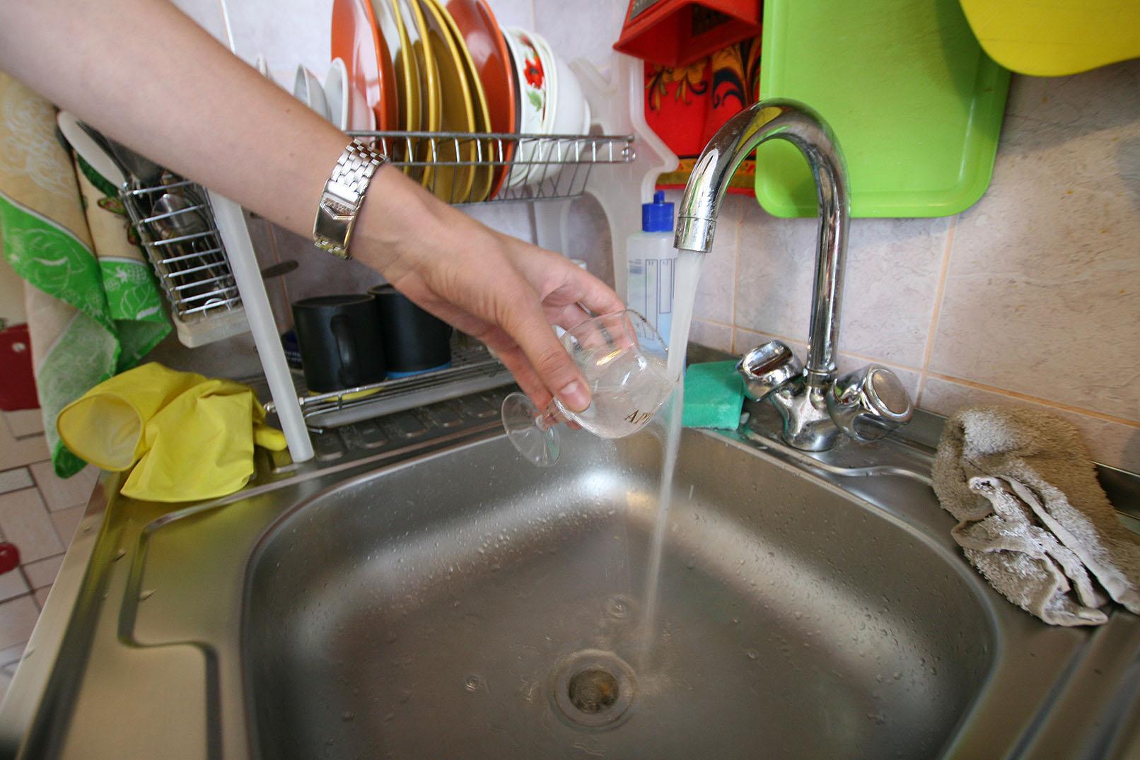 «Водоканал» разбавил «наркотическую» воду на Сортировке