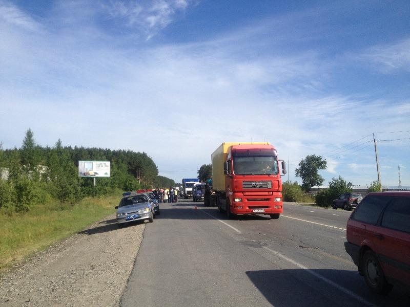 В Екатеринбурге в аварии с Porsche Cayenne погиб пешеход