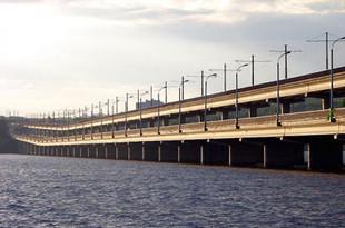 К «Экспо» через Верх-Исетский пруд построят мост для поездов и автомобилей
