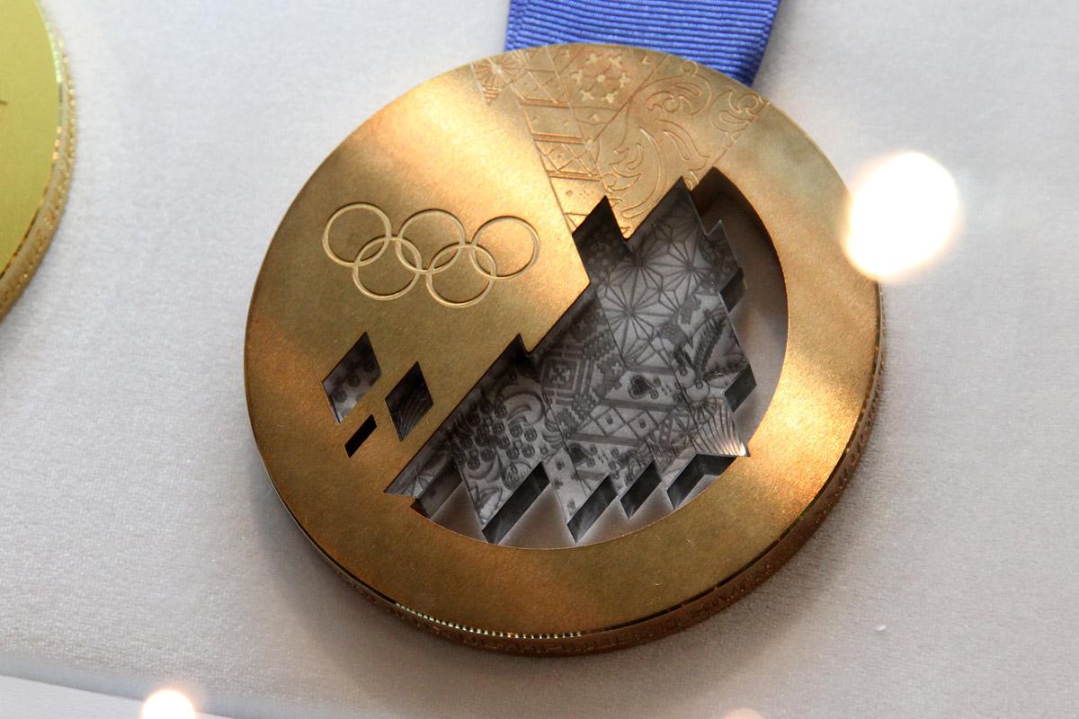 Спешите видеть: в Екатеринбург привезли главные трофеи Олимпийских игр в Сочи