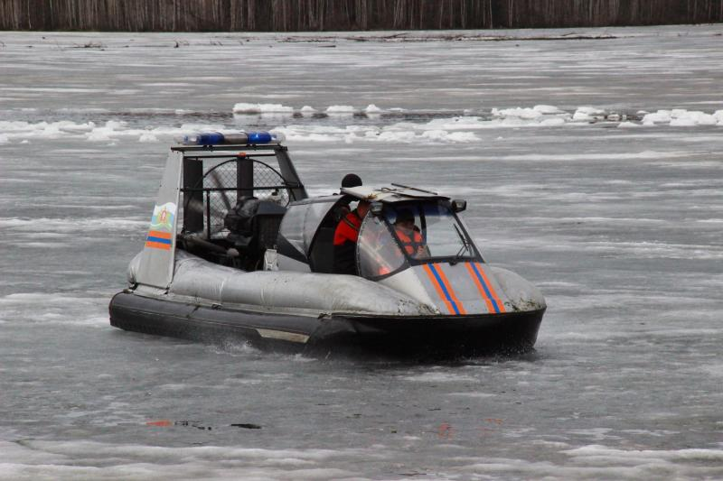 Свердловские спасатели «утопили» рыбака, чтобы потренировать водолазов