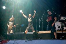 На фестивале «Старый новый рок» в ЦК «Урал» будут разливать алкоголь
