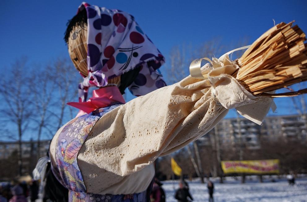 Блинная пора: в Екатеринбурге начинают праздновать Масленицу