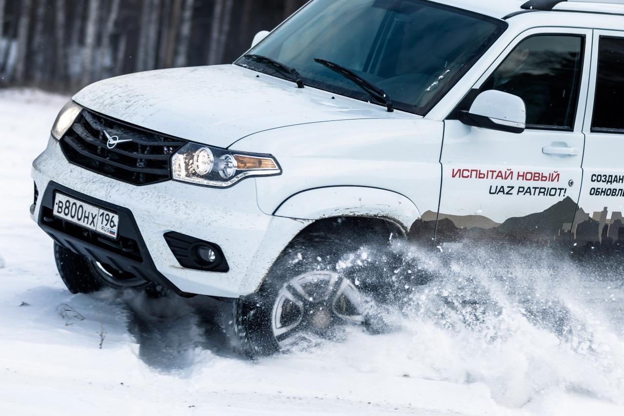 «Жигули»-лакшери и УАЗ-премиум: российские производители тоже подняли цены