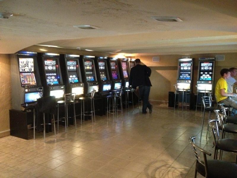 Свердловская полиция за сутки закрыла три подпольных казино