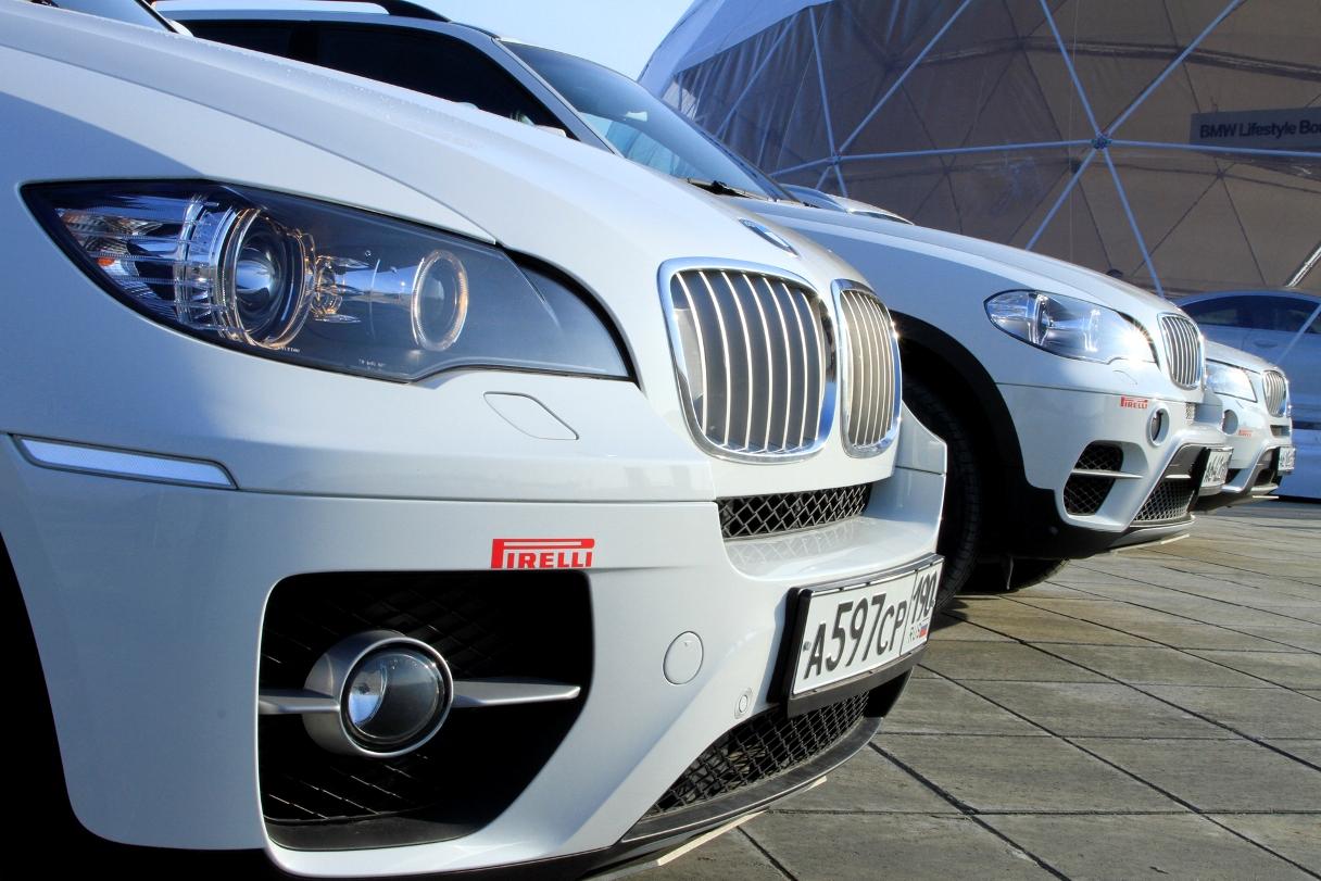 Живем же, люди! Автомобили жителей Екатеринбурга в среднем стоят больше миллиона рублей