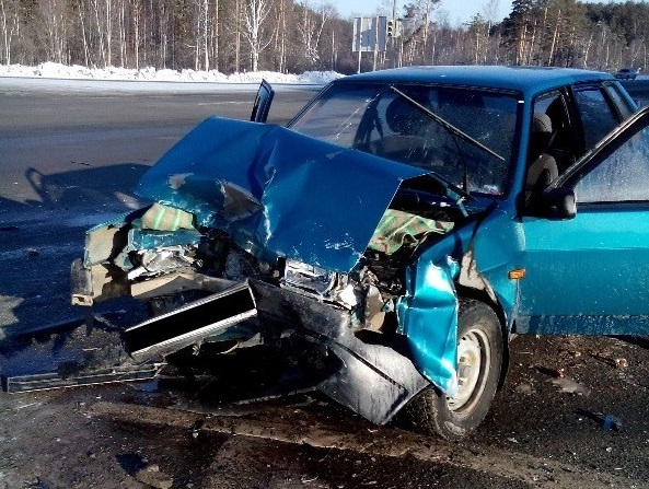В аварии двух ВАЗов возле Заречного пострадали четыре человека