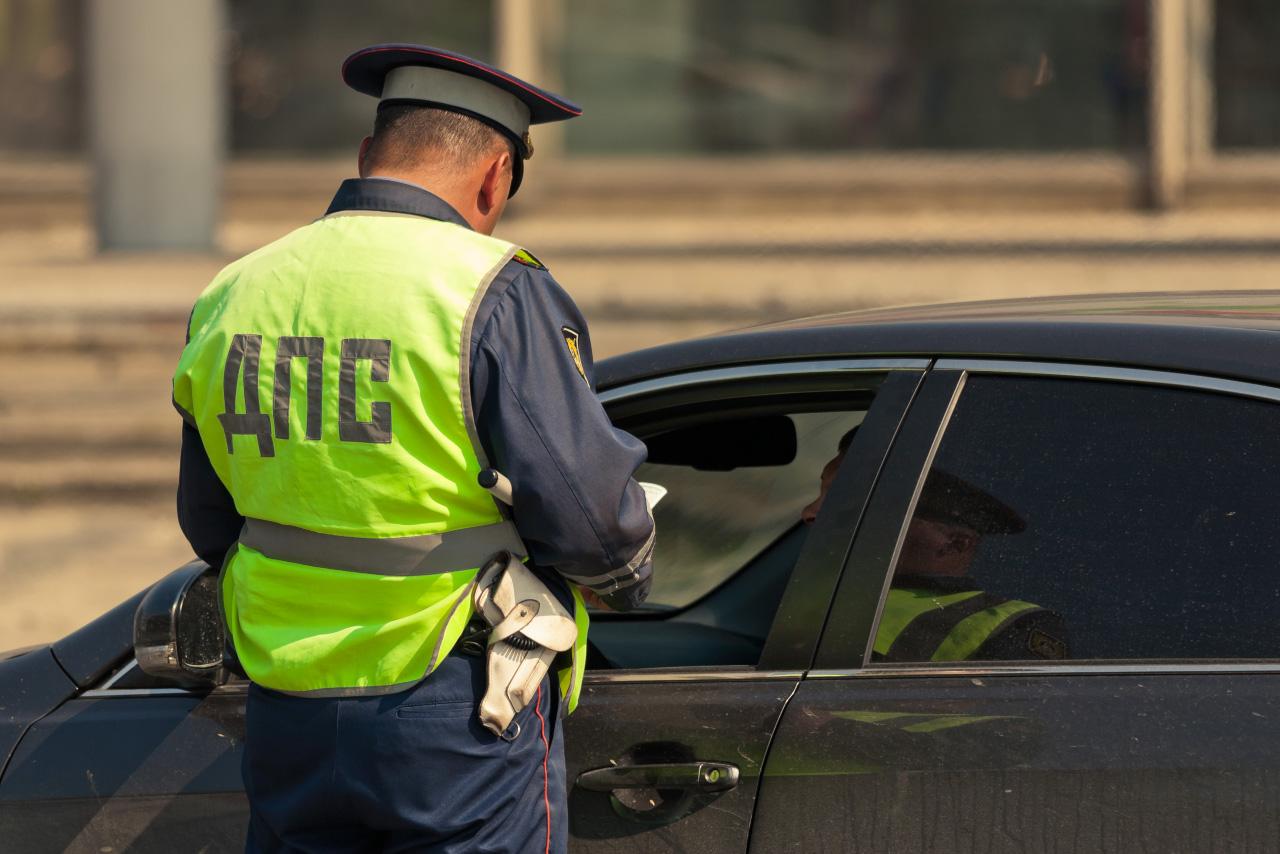 В Екатеринбурге объявлена неделя охоты на водителей тонированных машин