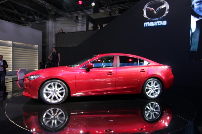 KIA и Mazda назвали рублевые цены на обновленные модели