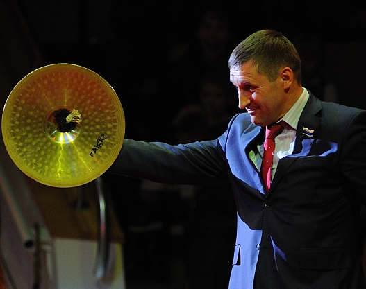 «Ты туда не ходи»: губернатор попросил Артюха сойти с мэрской гонки