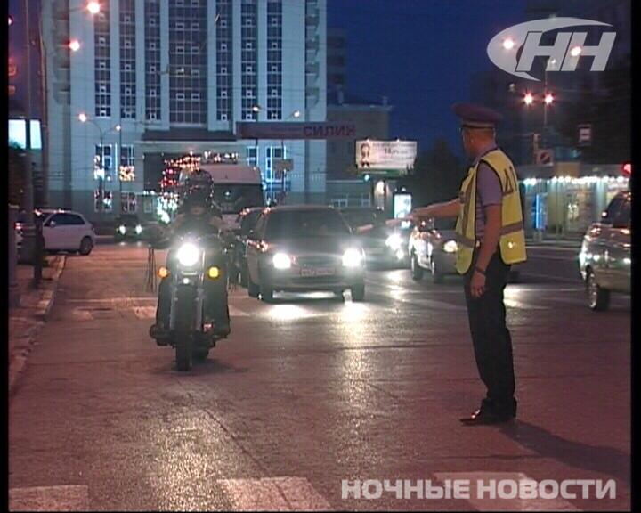 На Свердлова — Братьев Быковых ГИБДД ловила лихачей на мотоциклах