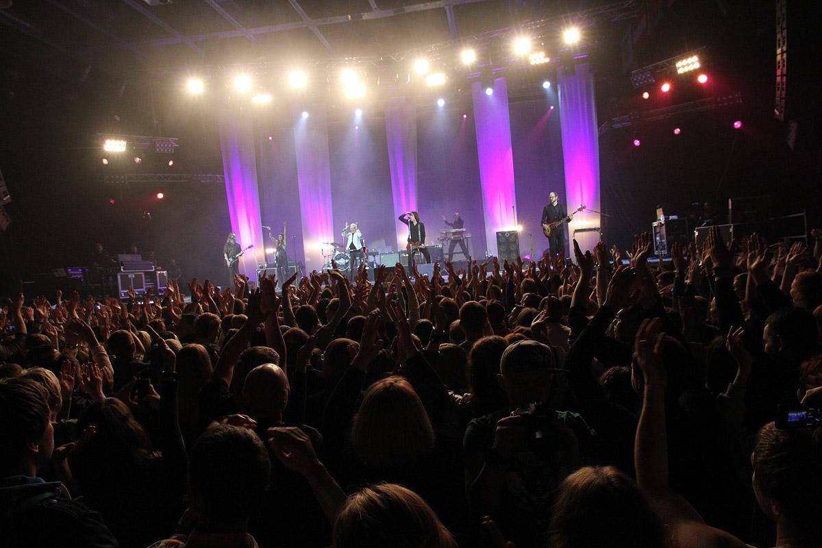 Roxette сыграли «Песенку о медведях» на концерте в Екатеринбурге