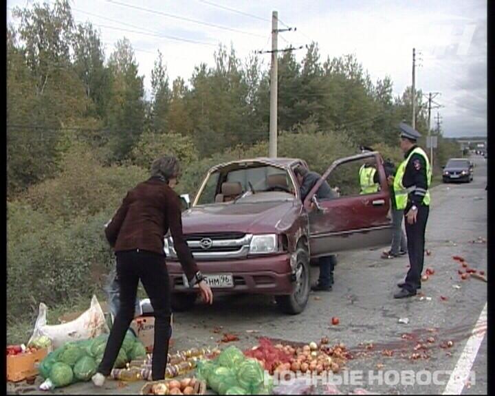 Винегрет на ЕКАД: «Газель» врезалась в фургон с овощами
