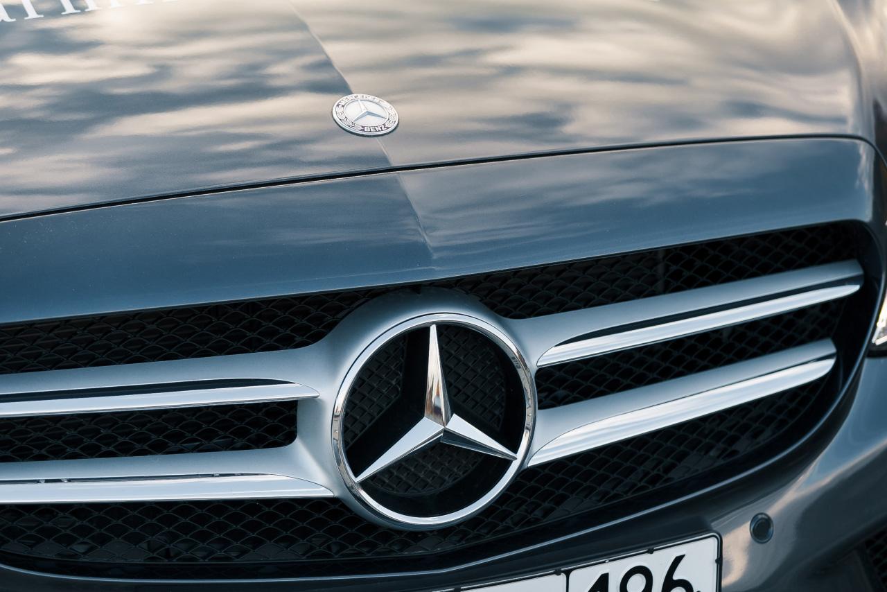 Богатые не плачут: в Екатеринбурге продажи дорогих автомобилей ударно растут