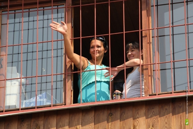 Следователи: кровоподтеки у Казанцевой могли появиться от наручников