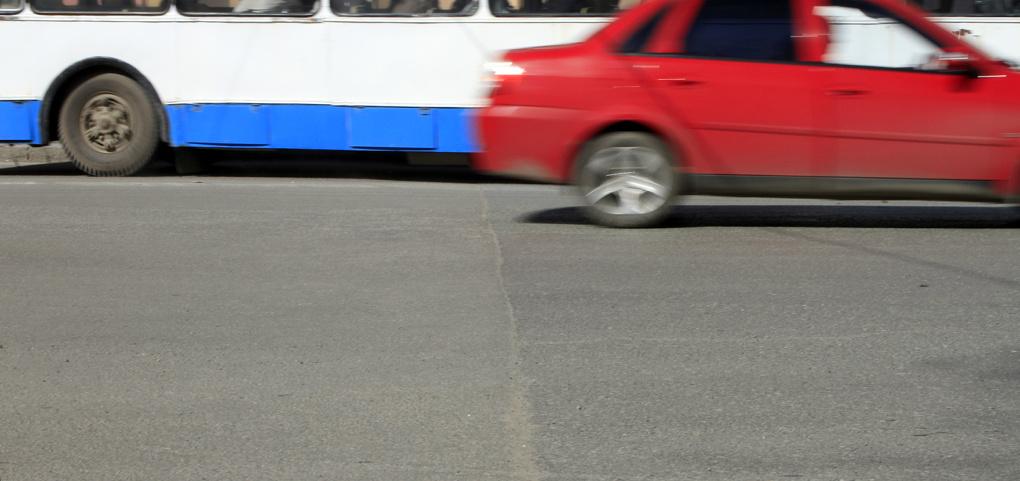 Движение транспорта на ВИЗе меняется из-за дорожного ремонта