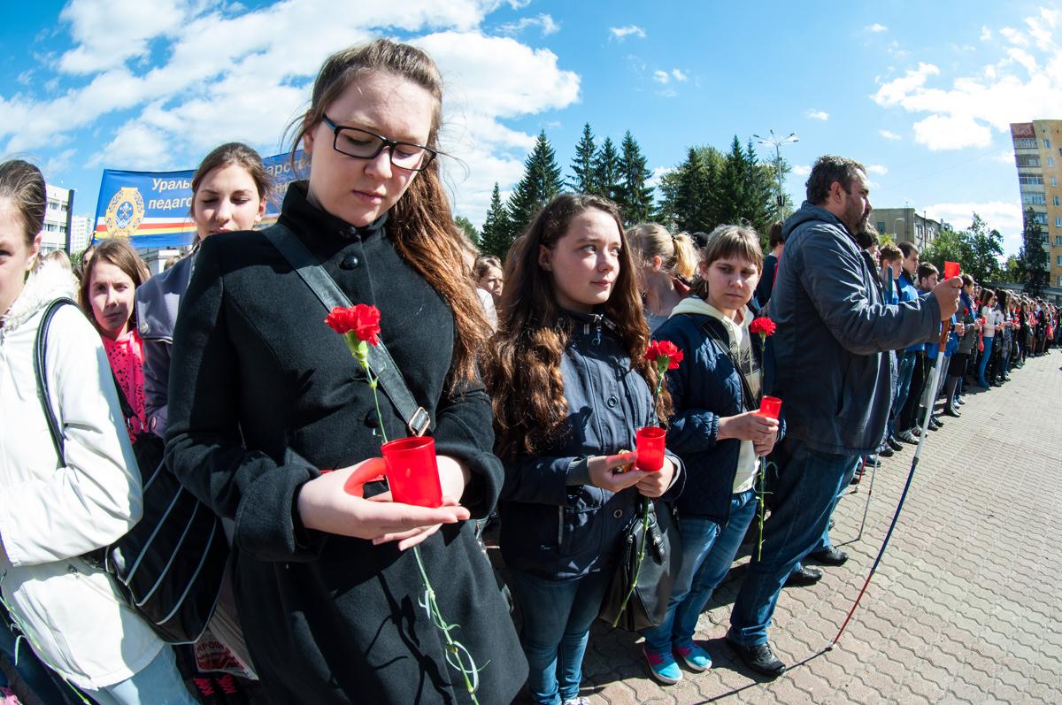 В Екатеринбурге почтили память жертв теракта в бесланской школе