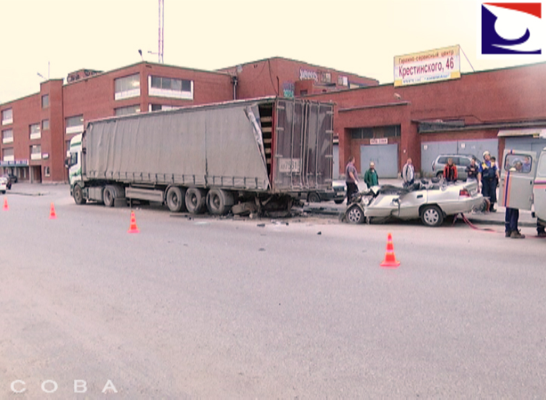 В аварии на Крестинского погиб водитель Daewoo Nexia