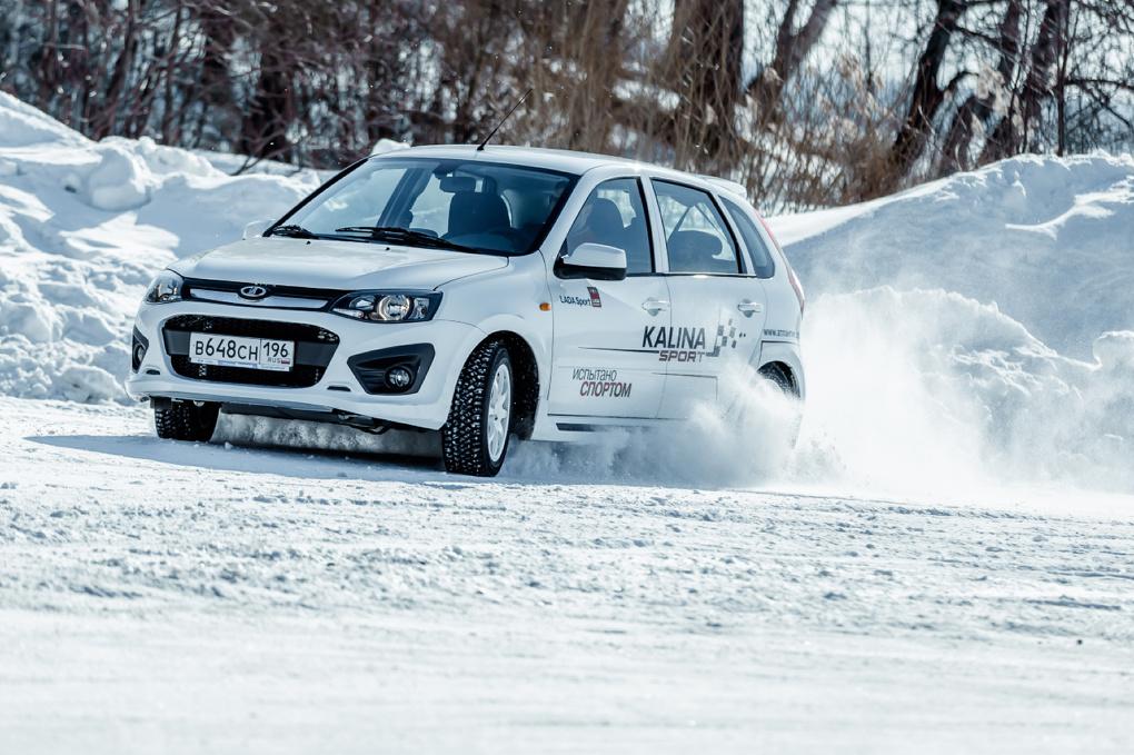Гонка со звездой: топим лед на Lada Kalina Sport