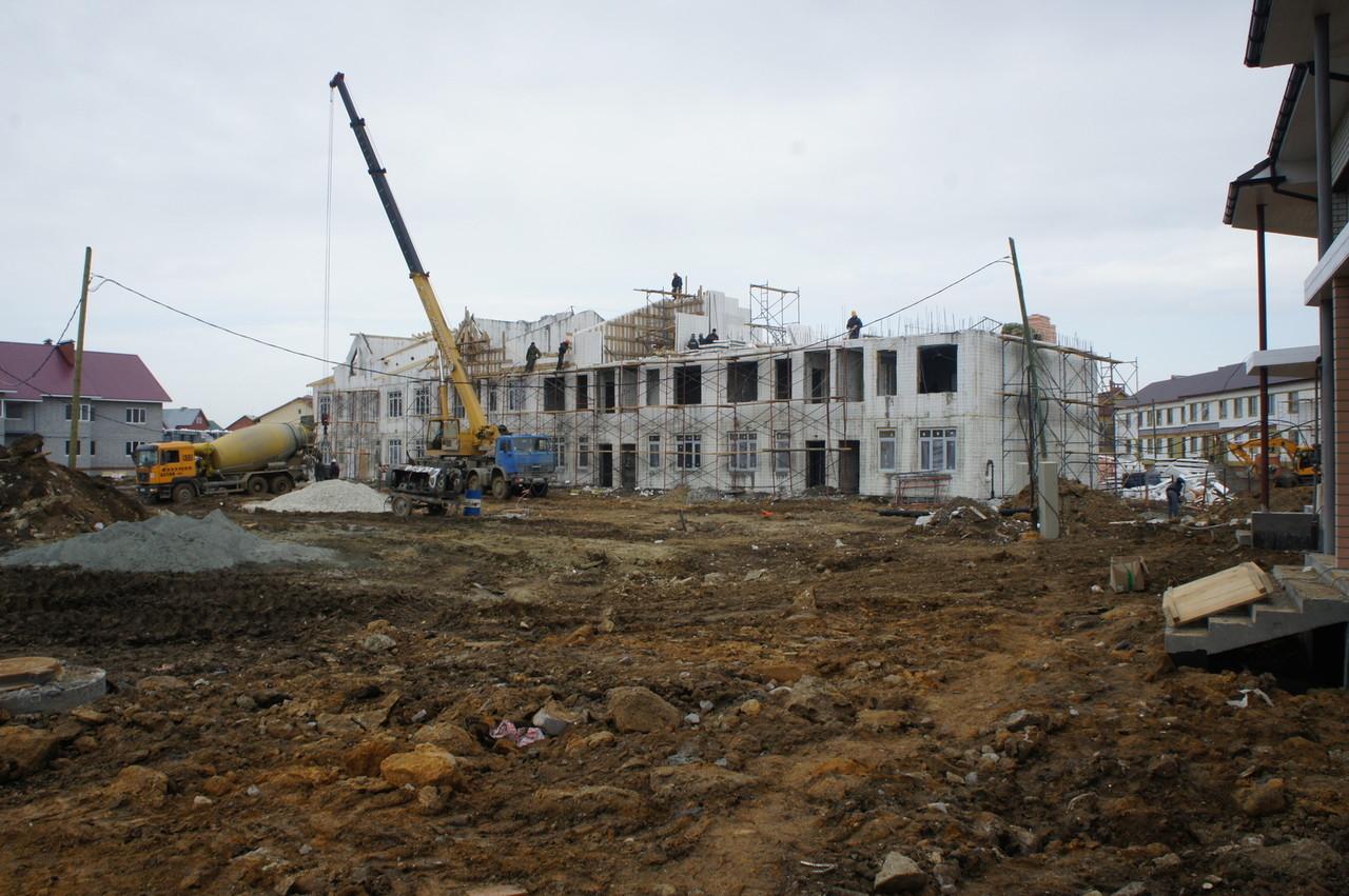 В Екатеринбурге плита насмерть придавила рабочего