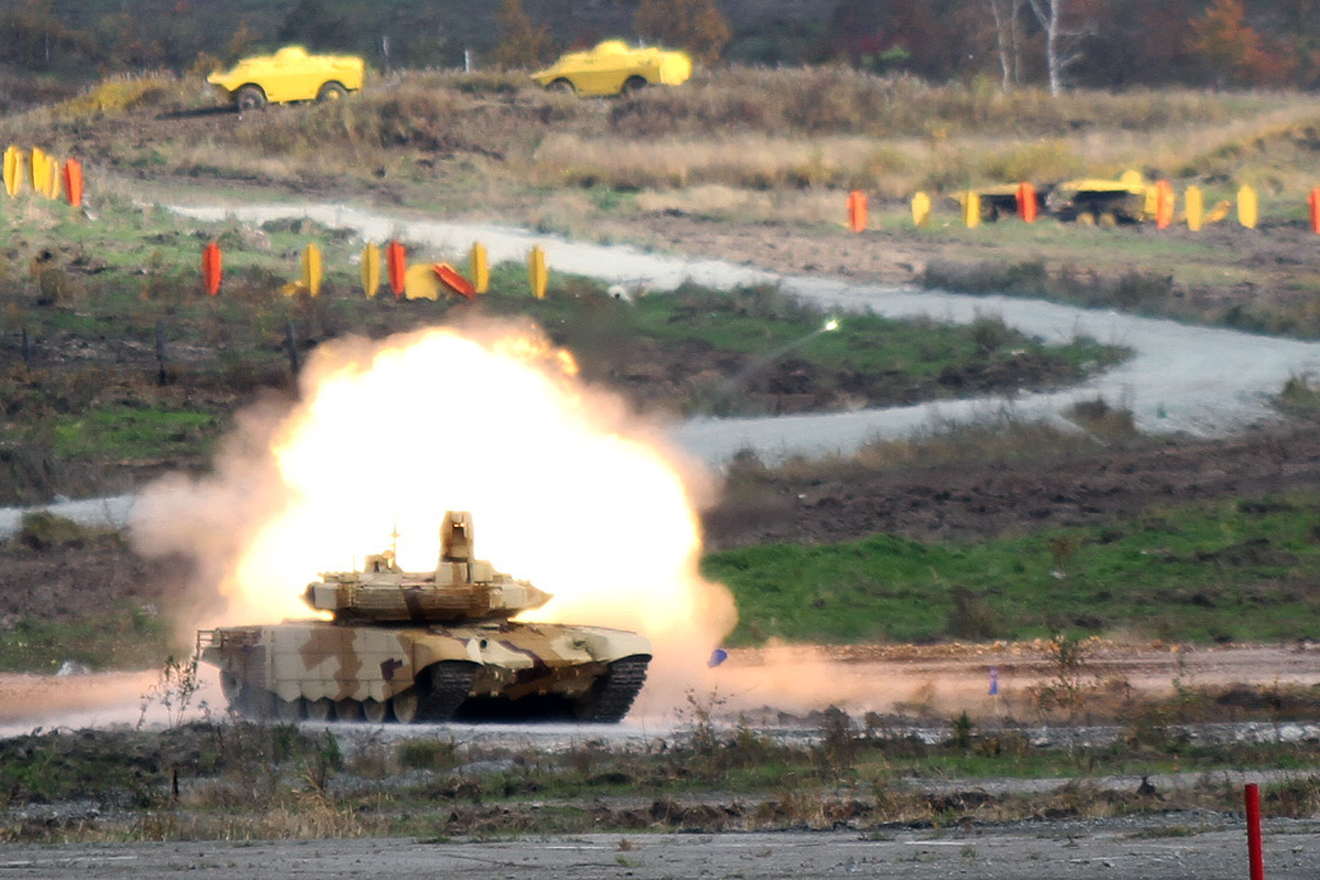Фоторепортаж 66.ru: игра в войну на Russia Arms Expo — 2013