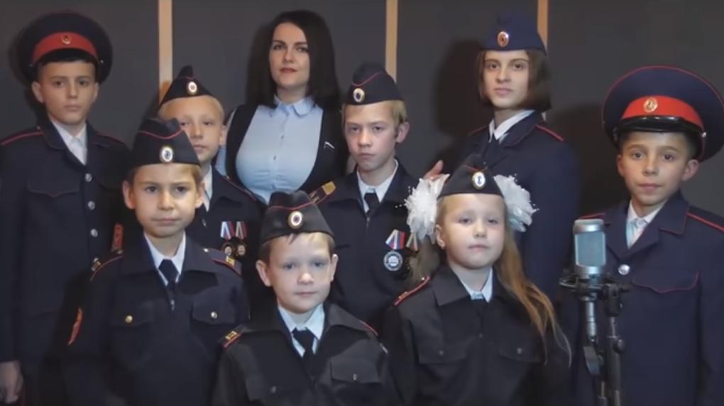 Депутат записала клип оготовности детей умереть за«дядю Вову»