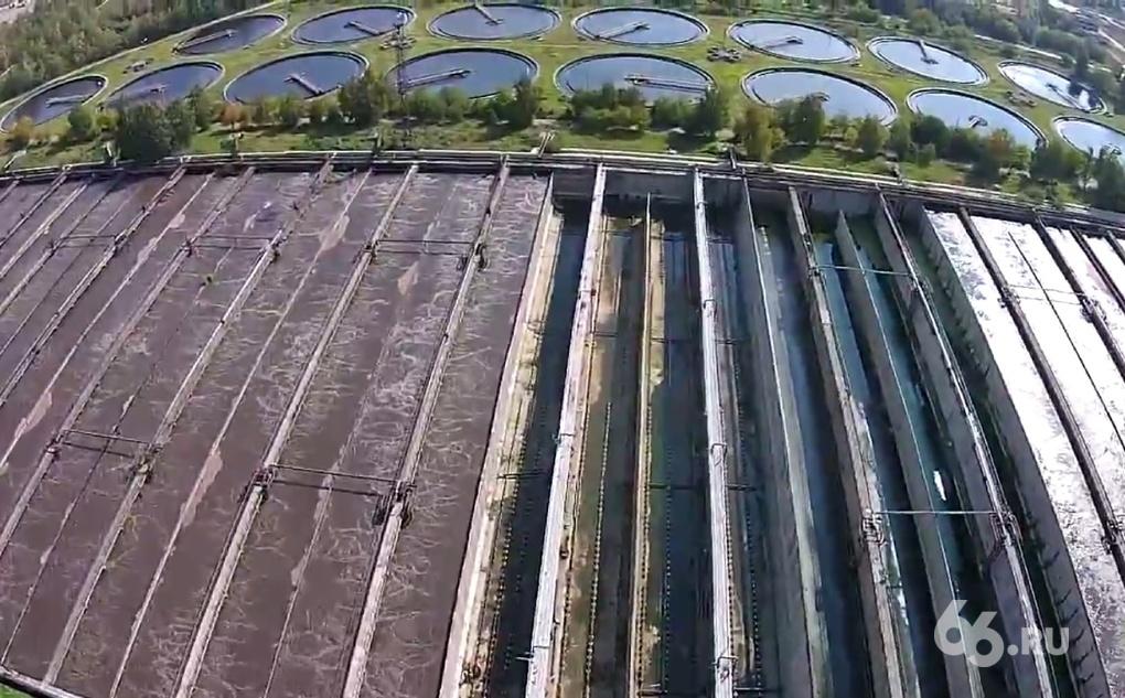 Зловонные озера и поля нечистот: с высоты следим за большим ремонтом городской канализации