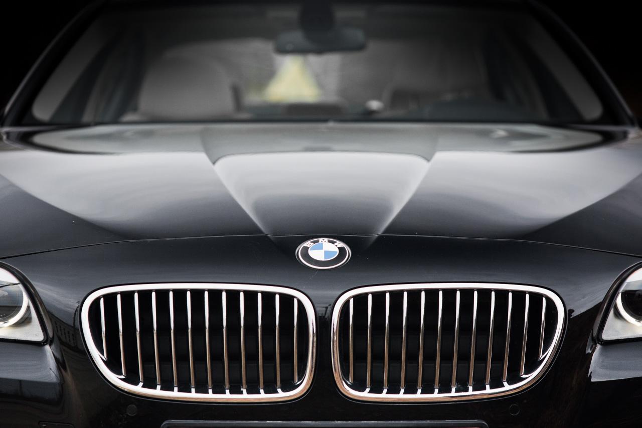 Для кремлевских чиновников купят 170 седанов BMW за 332 миллиона рублей