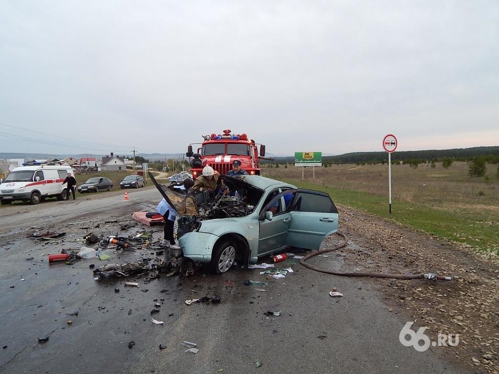 В пьяной аварии под Красноуфимском погиб сотрудник ДПС