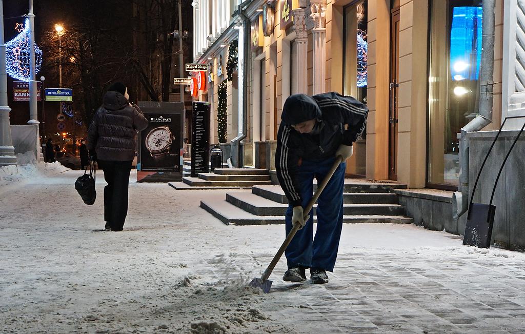 Прокуроры проверят, как коммунальщики чистят Екатеринбург от снега