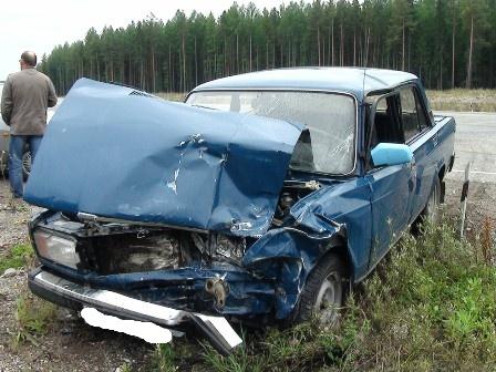 Под Краснотурьинском Nissan врезался в «семерку»