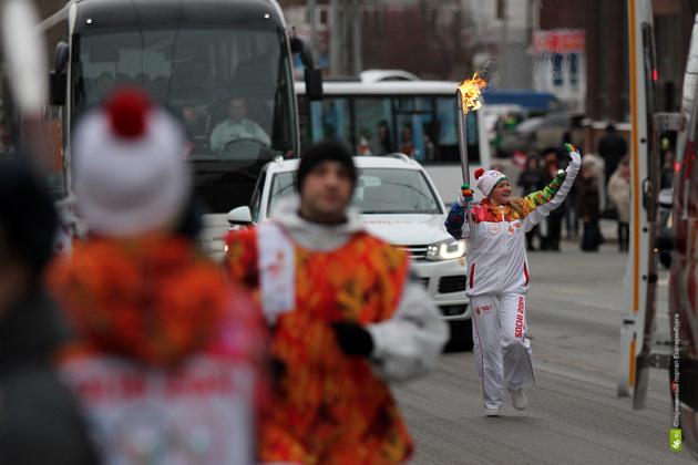Во время эстафеты олимпийского огня в Екатеринбурге из ДИВСа пропали два факела