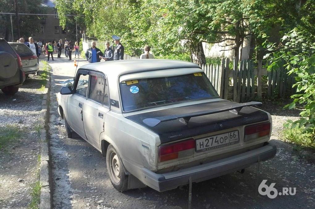На Эльмаше машина насмерть сбила ребенка