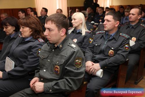 Бородин освободил от должностей четырех полицейских в Реже