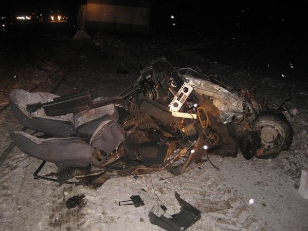 В Каменске-Уральском рейсовый автобус столкнулся с четырьмя машинами