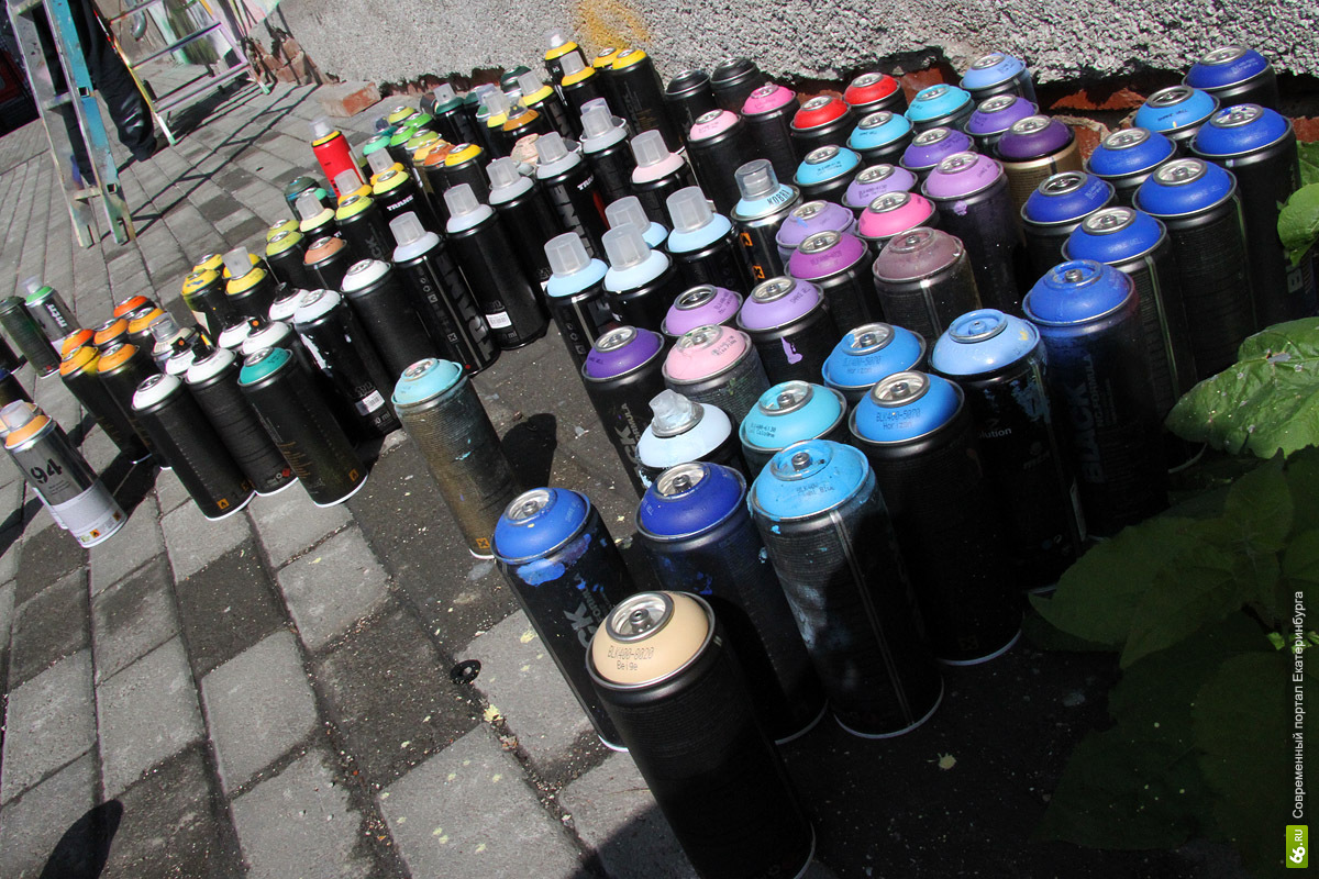 Екатеринбургских бабушек научат рисовать граффити
