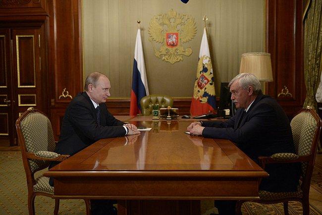 Губернатор Санкт-Петербурга Георгий Полтавченко ушел в отставку ради перевыборов